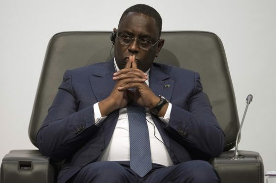 Economy Hands Edge to Senegal's Sall as Voters Go to Polls