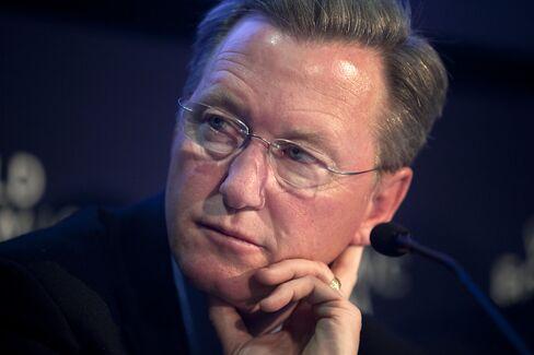 JPMorgan Appoints Ex-KPMG Chairman Timothy Flynn to Risk Panel