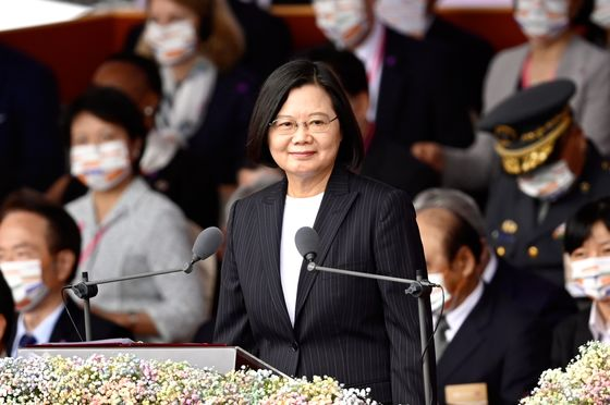 Taiwan President Urges China to Pursue Dialogue, Not Conflict
