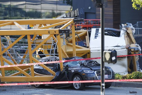 Crane Collapse in Seattle Casts Pall Over City's Rapid Growth