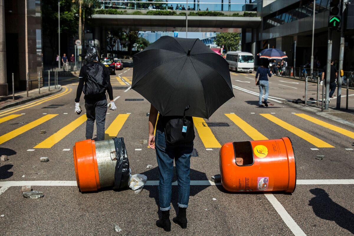 Hong Kong Is Fast Becoming an Also-Ran
