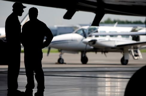 Substitute for Leaded Plane Gasoline by 2018 Pledged by U.S. FAA