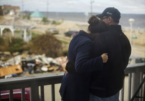 Power Restored to More New Jersey Residents as Napolitano Visits