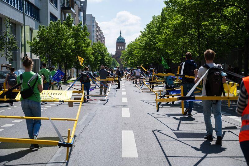 Acción de & quot; Volksentscheid Berlin autofrei & quot; (Referéndum sin coches de Berlín)