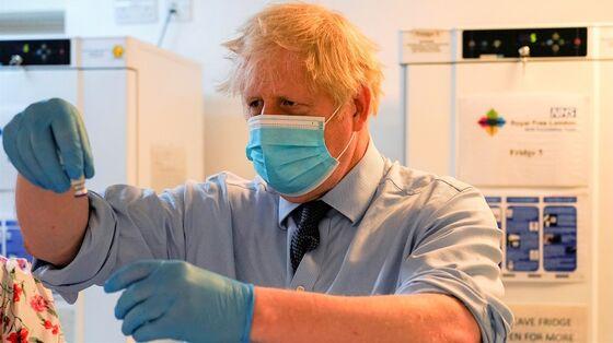 U.K. Covid Data Looking Good for Lifting Curbs, Johnson Says