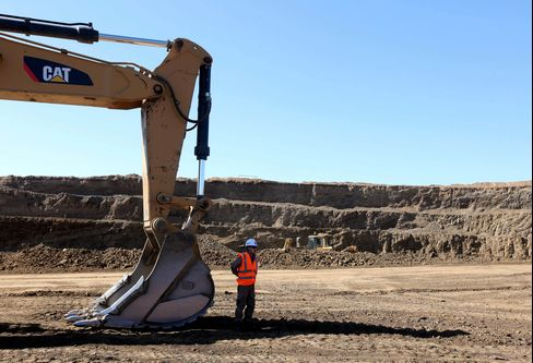 Mongolian Group Says Draft Law Hurts Foreign Mining Investment