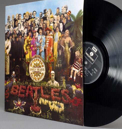 Beatles Rank Among Top ITunes Sellers