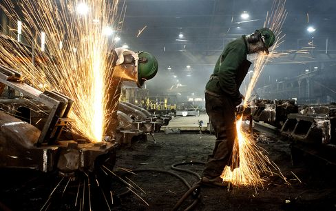 Fed Can't Fix U.S. Economic Headwinds, Clarida Says: Tom Keene