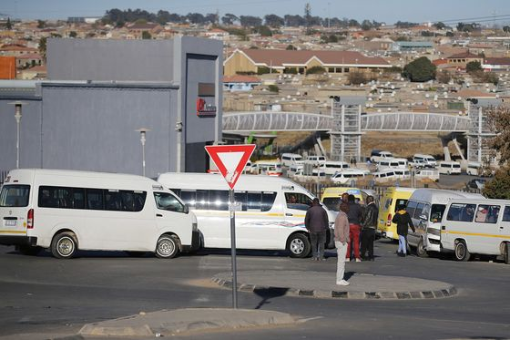 As Rioters Overwhelm Police, South African Civilians Step In