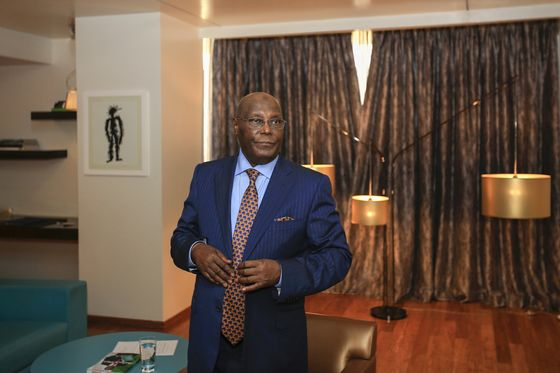 Abubakar Plans to Oust Nigerian Central Bank Boss If Elected