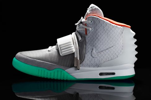 Nike Air Yeezy 2 Auction on EBay Closes for $90,300