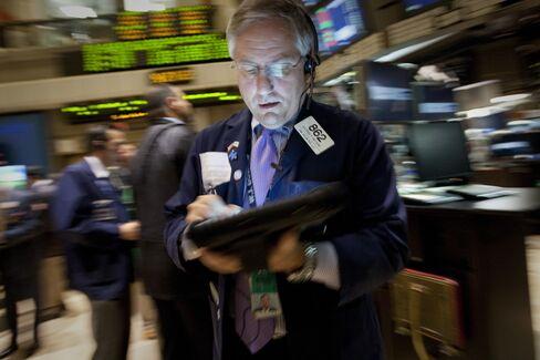 U.S. Stocks, Euro Advance