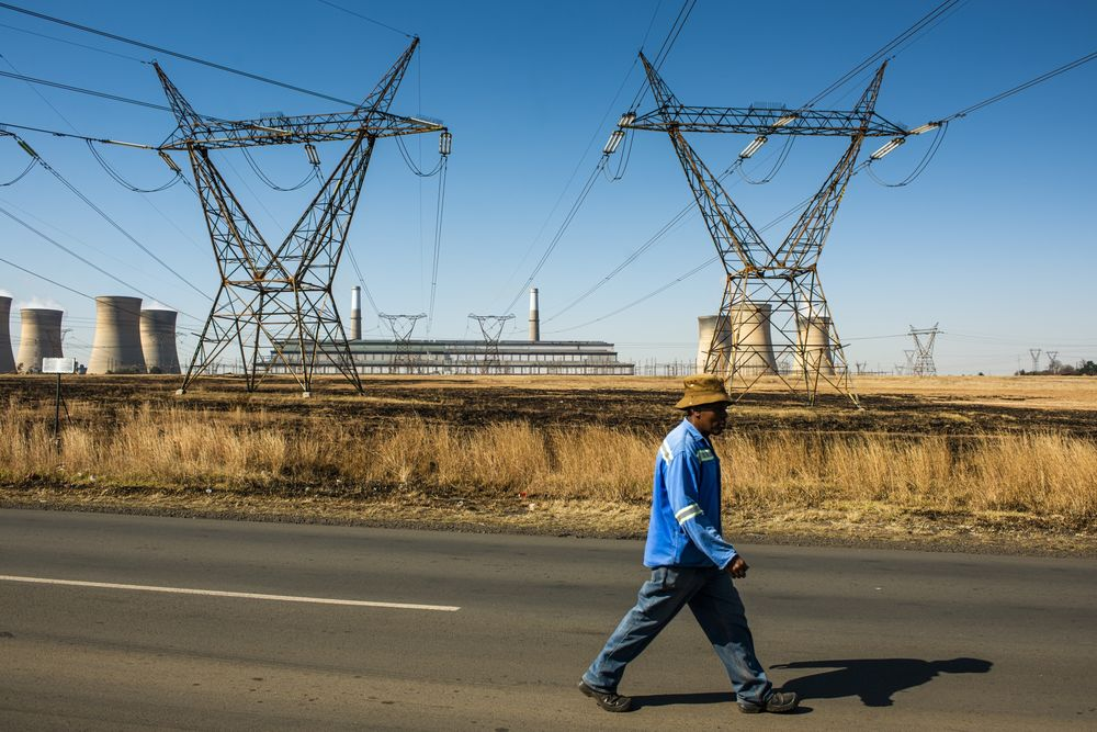Eskom Gets Rescue Option as PIC Proposes Debt-Equity Swap - Bloomberg