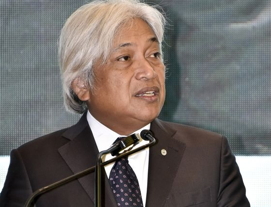 Bank Negara Malaysia Governor Said to Have Offered to Resign