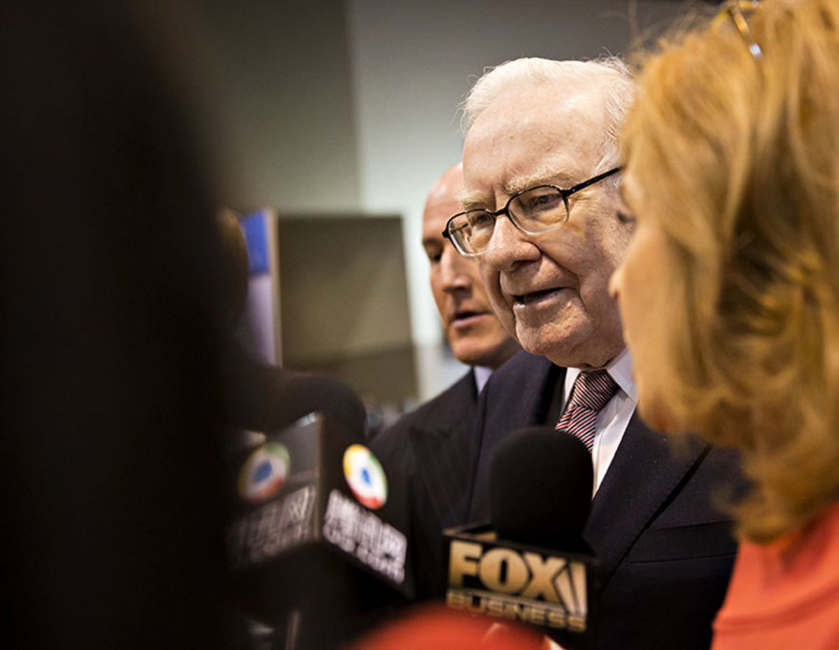 Buffett Renews Attack on Health Bill as `Relief for Rich Act'