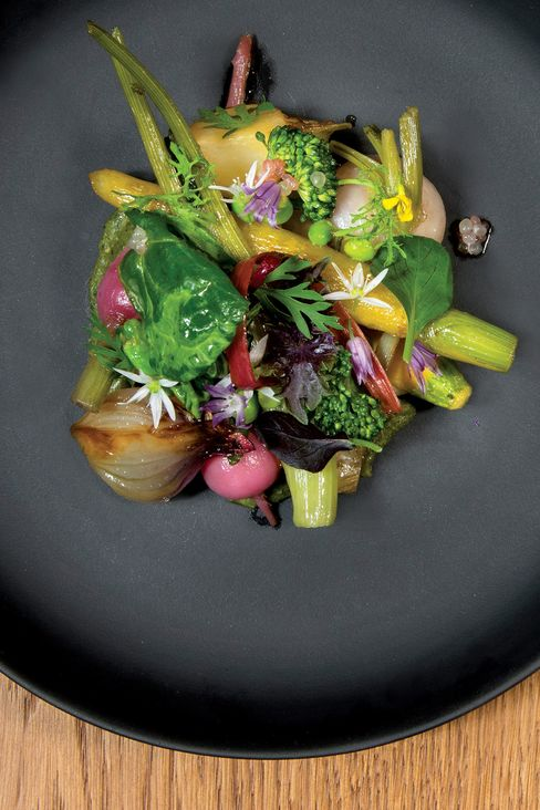 Vegetables from the Château de Versailles at the Plaza Athénée.
