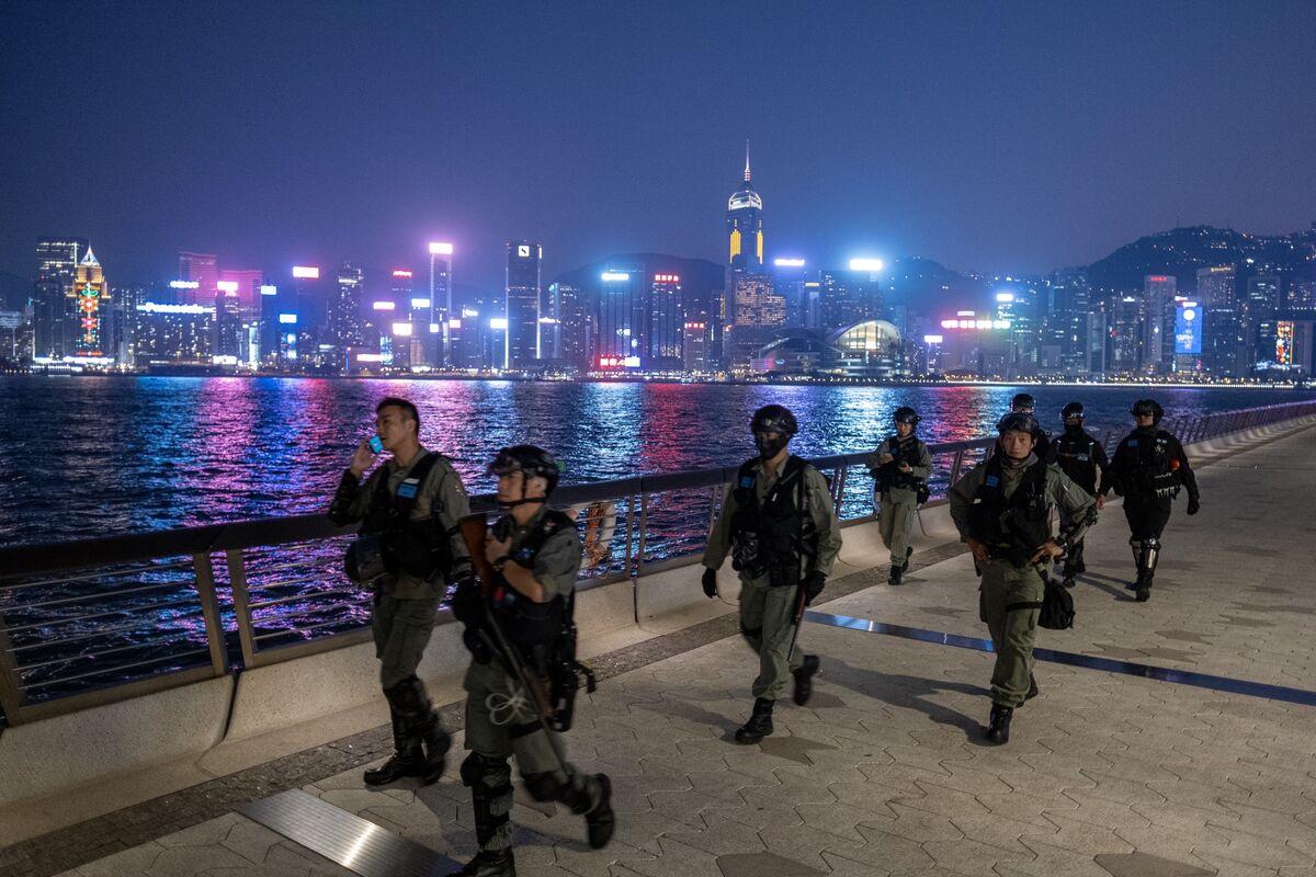 Hong Kong Police Arrest Five After Man's Death During Protest