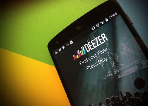 The Deezer Music app.