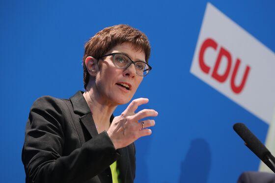 Merkel Protegee Sticks to Her Mentor's Script in Succession Bid