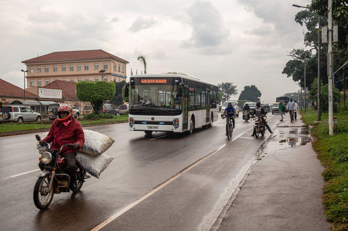 Uganda e-bus story - on hold for GREEN