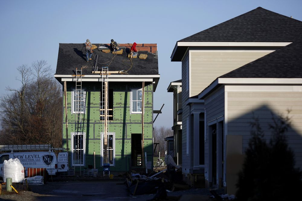 U.S. Homebuilder Sentiment Rises to Seven-Month High in May