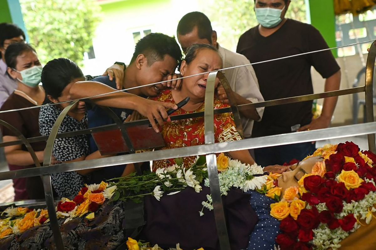 <p>Myanmar Death Toll Mounts Amid Protests, Military Crackdown thumbnail