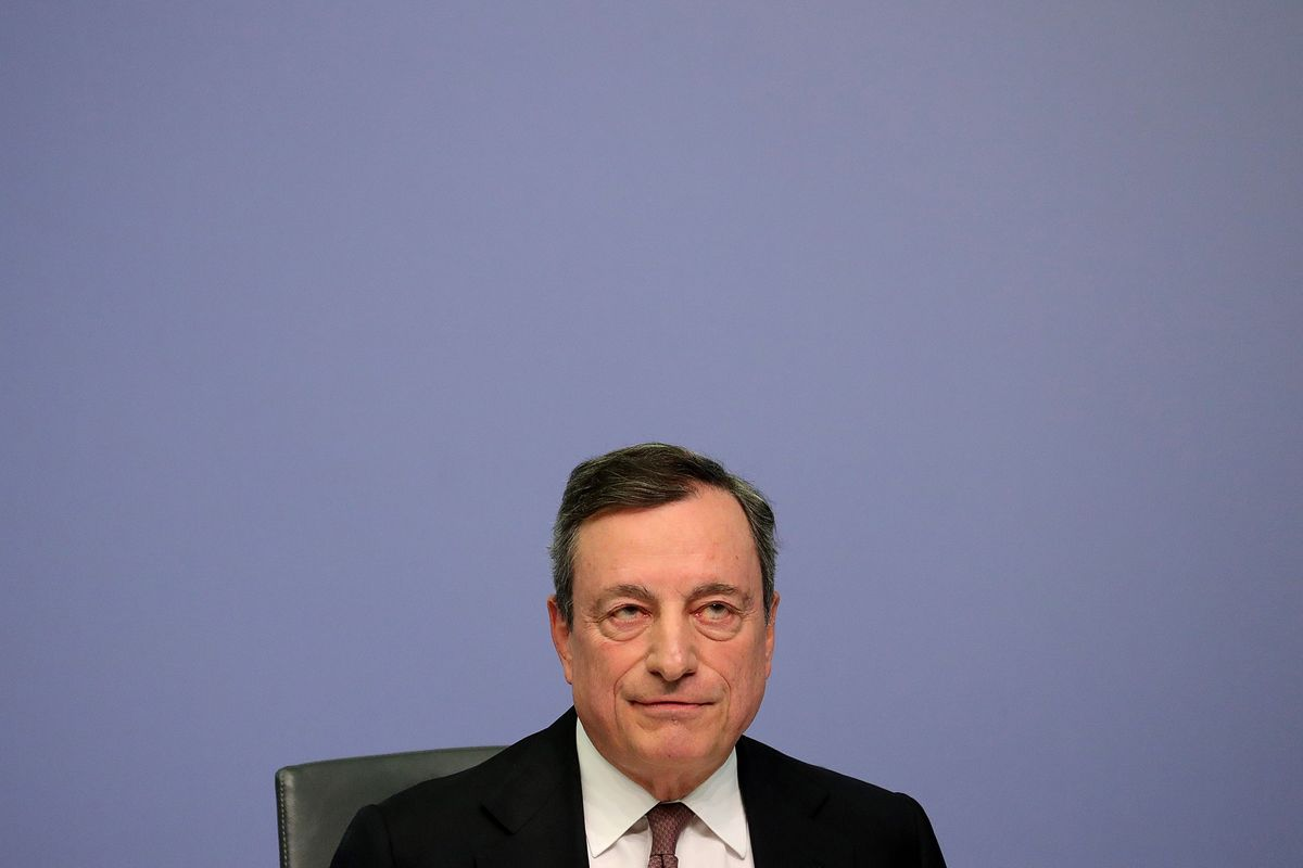 Stop Moaning About Rates and Consolidate, Draghi Tells Banks
