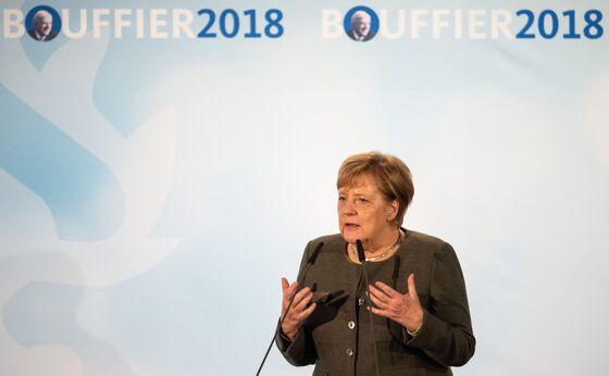 Merkel Warns Against 'Left-Wing Experiments'Ahead of Key Vote