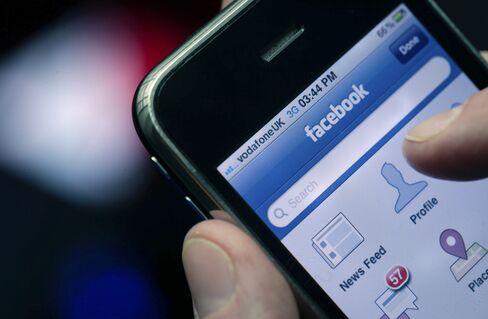 Facebook Shares Soar After Beating Estimates on Mobile Gains