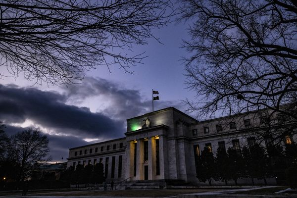 Fed Officials Saw Bond-Buying Pace Continuing For 'Some Time'