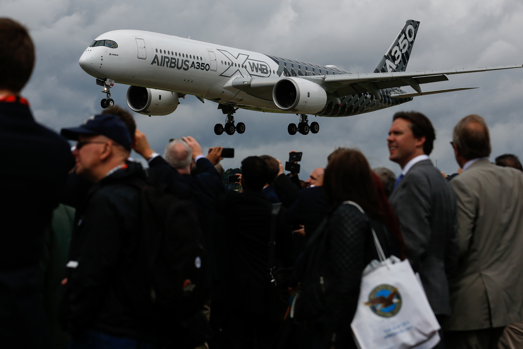 United May Amend $12.4 Billion Airbus Deal to Take Smaller Jets