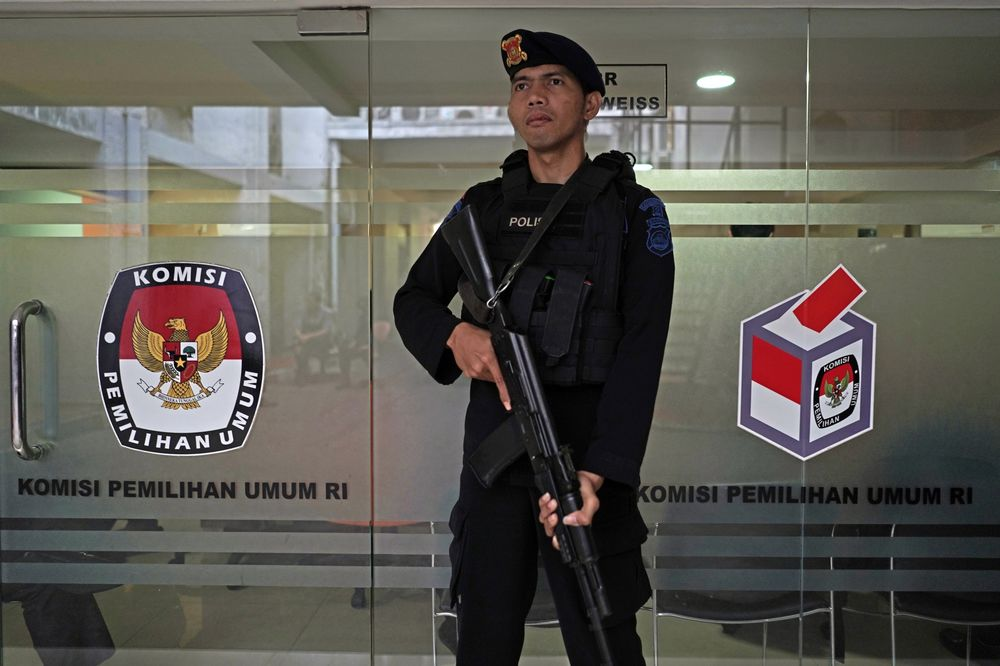 Indonesia Arrests 29 Suspects for Plotting Attacks on Political Rallies