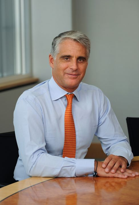 UBS's Orcel Says Investment Bank Revamp Will Take Up to 5 Years