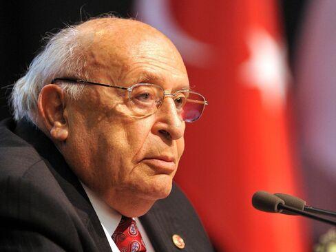 Suleyman Demirel .