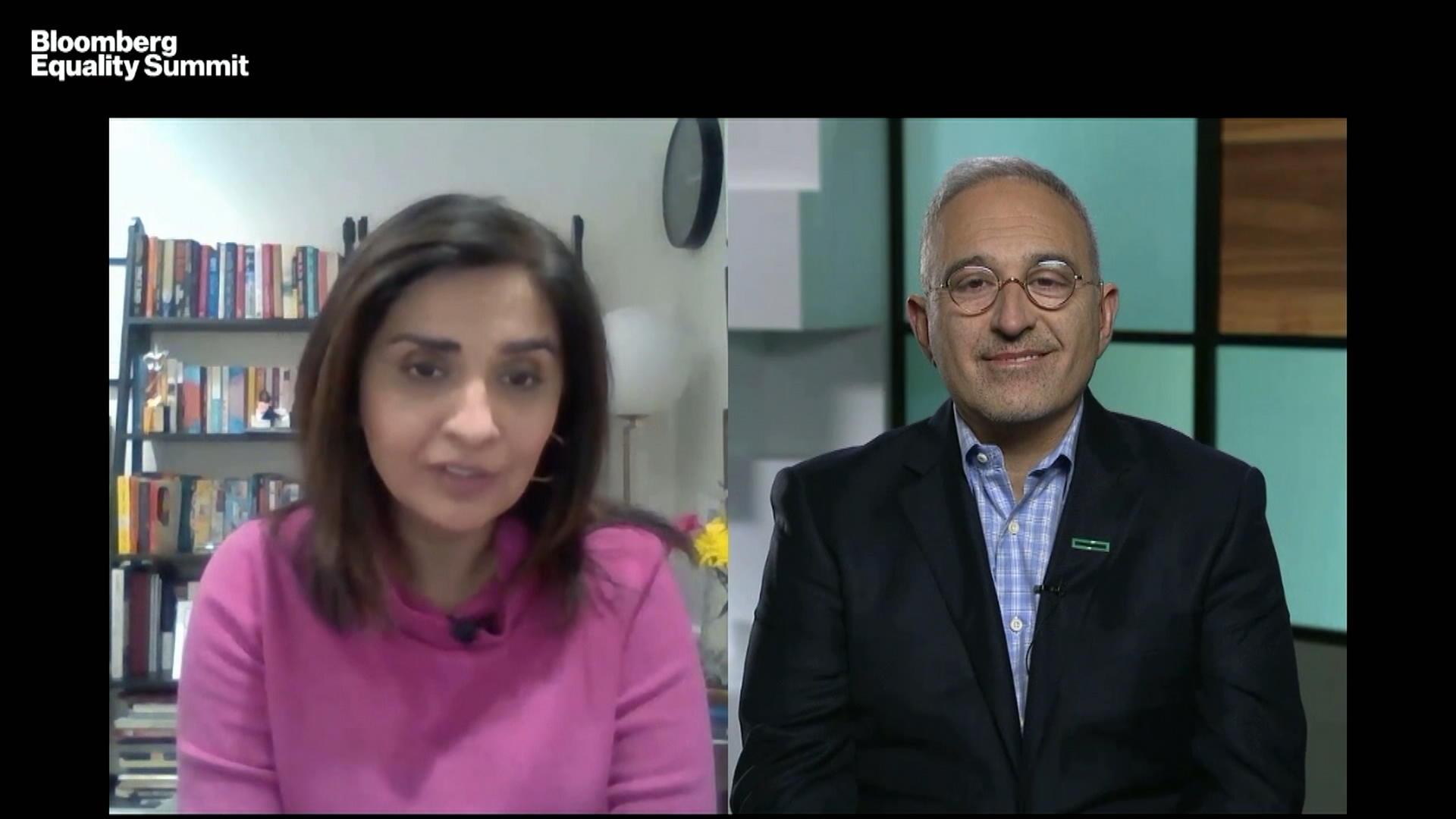 Hewlett Packard Enterprise CEO Neri on Leadership in the Pandemic thumbnail