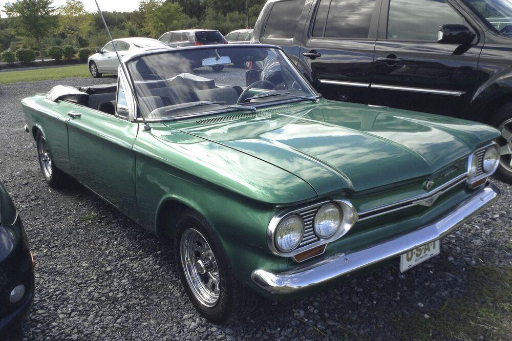 1474486067 Chevrolet Corvair Vintage Car Bloomberg 03