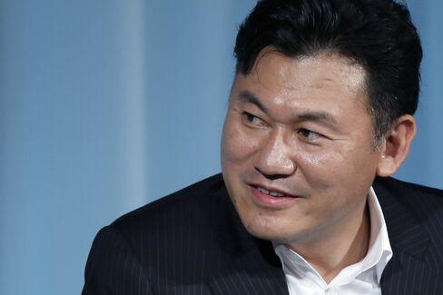 Rakuten CEO Hiroshi Mikitani
