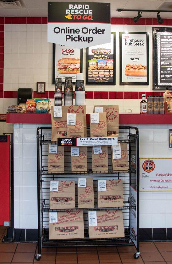 Restaurants Shrink as Food Delivery Apps Get More Popular