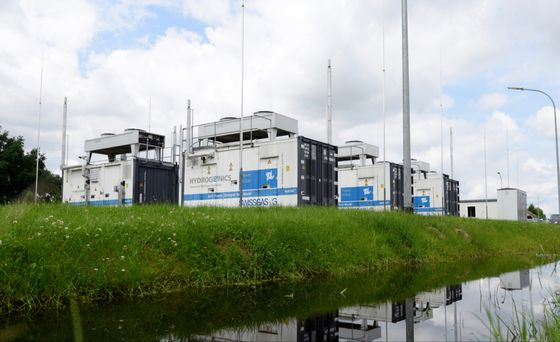 Hydrogen Power Plants Get Backing From Two Big German Companies