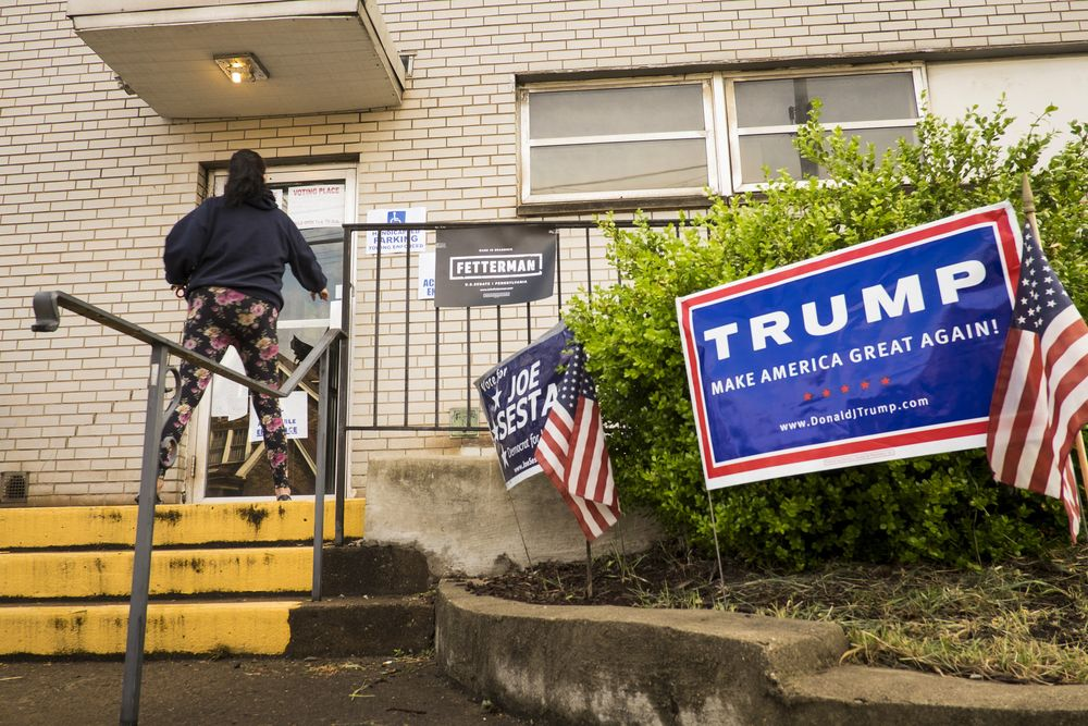 Trump S Political Risk Spreads To Small Town America Poll Finds