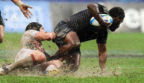 Rugby Players Rob Vickerman & Tomasi Cama