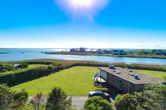 Frenzied Demand Is Luring Hamptons Sellers in Boom-Time Market