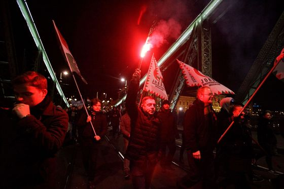 Hungarian President Signs 'Slave Law,' Ignoring Protests