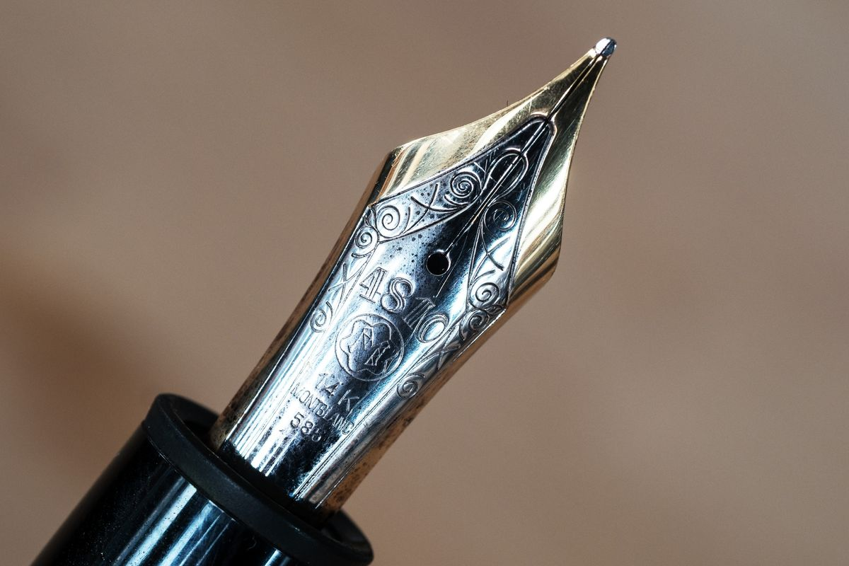 See How Montblanc Makes Its Famous Pens Bloomberg Rollarball Fountain Pen Diagram B