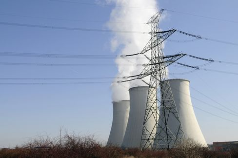 Nuclear Revival Dying in Europe as Power Prices Slump