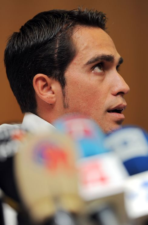 Cycling Union Asks Spanish Investigate Contador Doping Case
