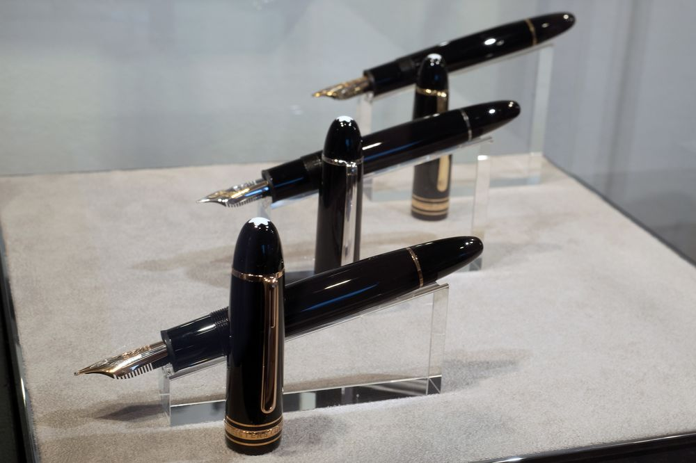 757bfe8c1ef0f See How Montblanc Makes Its Famous Pens - Bloomberg
