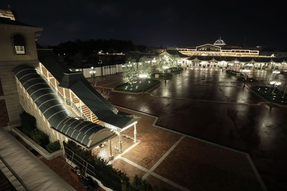 Tokyo Disneyland to Reopen With Reduced Capacity From July 1