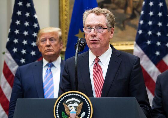 Trump Advisers Consider Interim China Deal to Delay Tariffs