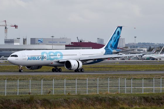 AirAsia A330 Order Helps Airbus Survive Death Match With Boeing